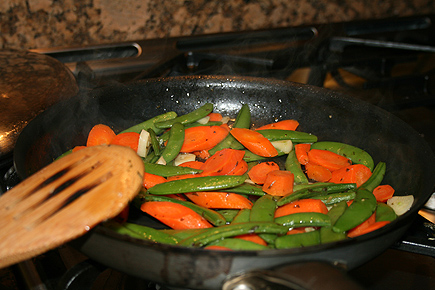 To eat along with the salmon, I made a quick stir fry with carrots and snowpeas. It's good for you!
