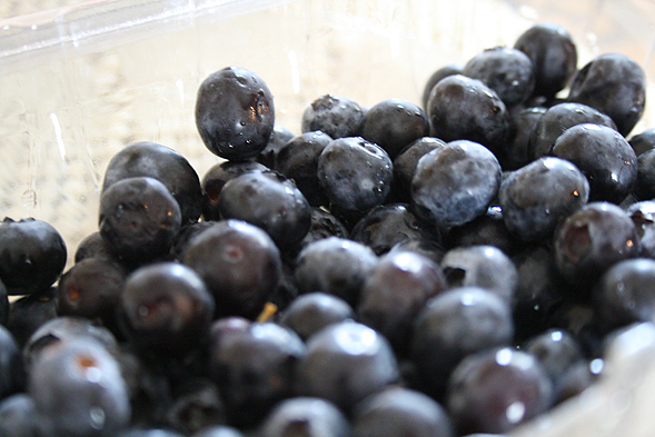One of my favorite fruit would have to be blueberries. It's easy to eat - no cutting or chopping required. Not to mention it's high in antioxidants!