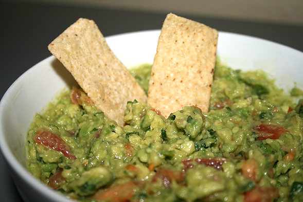 Mix well and enjoy with your favorite tortilla chips.