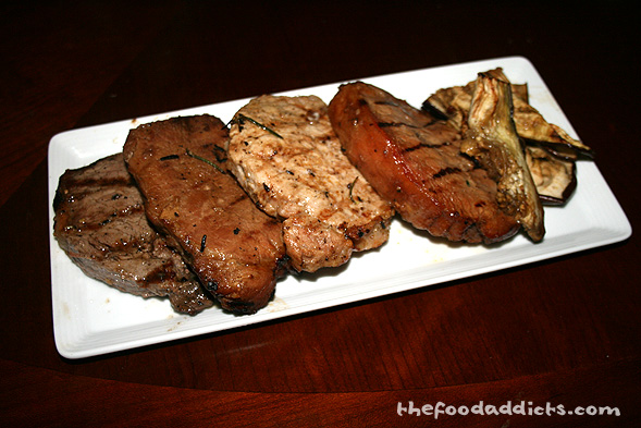 It was tough to get a picture of all the finished meat because our friends devoured it like there was no tomorrow. Luckily, I was able to save a few pieces of meat including the New York steak strip (no chicken though)! It was a fun and FULLfilling day. Don't you want to be our friends? Hehe.