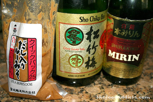 There are essentially only 4 ingredients that you will need to marinate the fish. Combine 1/4 cup sake, 1/4 cup mirin, 4 tbsp of miso paste, and 3 tbsp of sugar.