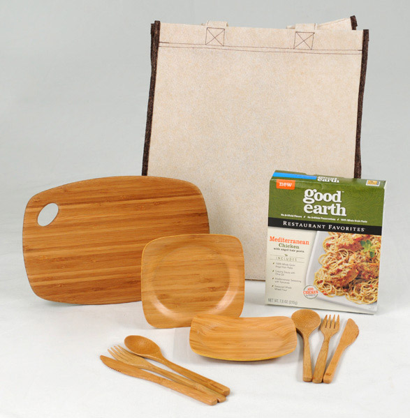 June Giveaway - Good Earth Bamboo Dinner Kit