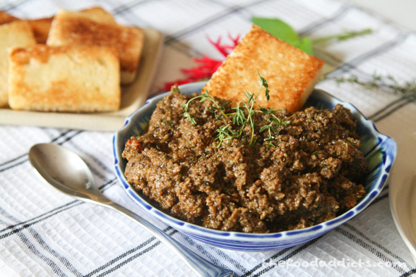 Roasted Garlic Olive Tapenade